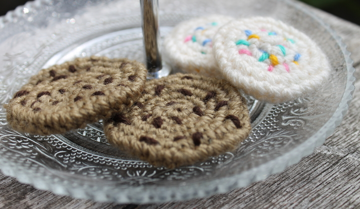 Crochet Pattern: Chocolate chip cookie
